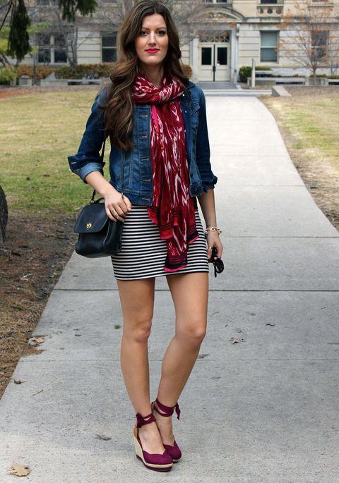 Clothing, Plaid, Street fashion, Fashion, Footwear, Snapshot, Tartan, Shoulder, Dress, Maroon,