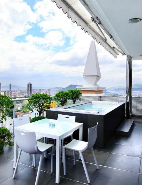 Floor, Table, Glass, Furniture, Room, Real estate, Chair, Flooring, Interior design, Apartment,