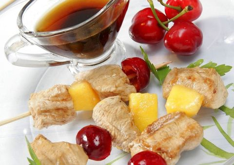 Food, Ingredient, Produce, Tableware, Cuisine, Serveware, Fruit, Meal, Natural foods, Dishware,