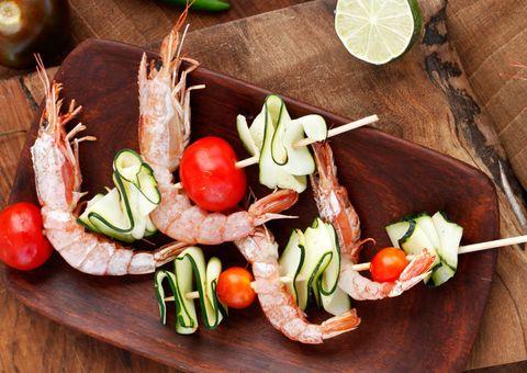 Food, Produce, Vegan nutrition, Tableware, Fruit, Natural foods, Ingredient, Plate, Whole food, Meal,