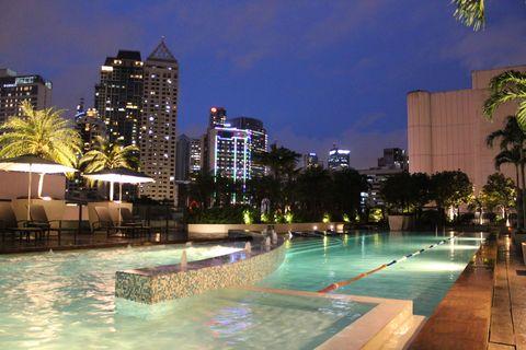 Swimming pool, Building, Resort, Real estate, Metropolitan area, Commercial building, Condominium, Tower block, Mixed-use, Skyscraper,