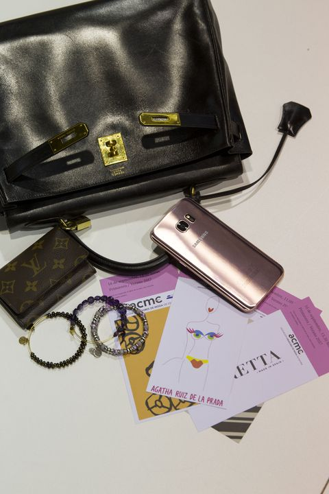 Product, Purple, Bag, Magenta, Violet, Luggage and bags, Lavender, Material property, Rectangle, Everyday carry,