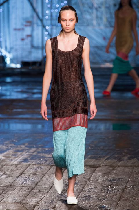 Clothing, Blue, Leg, Human body, Shoulder, Joint, Style, Fashion show, Waist, Jewellery,