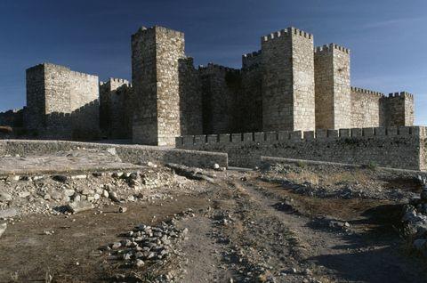 Sky, Wall, Landmark, Soil, History, Ancient history, Rock, Ruins, Stone wall, World,