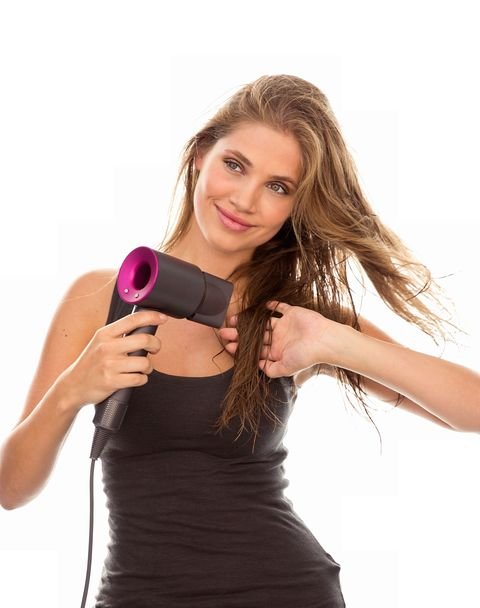 Finger, Lip, Skin, Shoulder, Hand, Joint, Elbow, Magenta, Mobile phone, Dress,