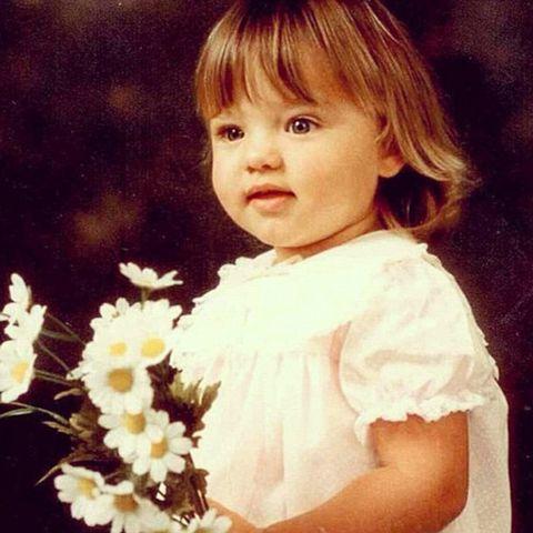 Cheek, Hairstyle, Petal, Child, Flower, Iris, Baby & toddler clothing, Bangs, Toddler, Blond,