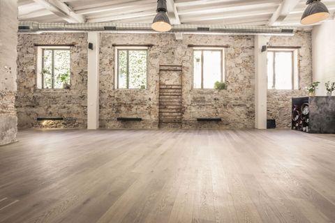 Floor, Flooring, Wood flooring, Property, Building, Laminate flooring, Wood, Room, Tile, Hardwood,