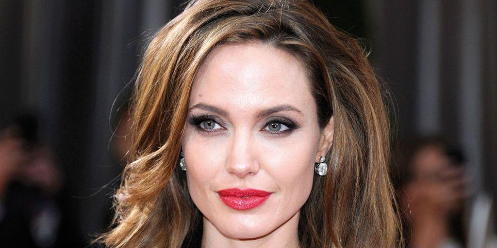 Angelina Jolie rompe el silencio sobre su divorcio