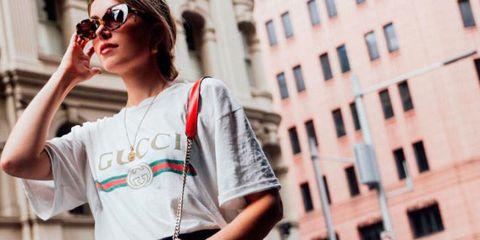 Clothing, Eyewear, Glasses, Vision care, Sleeve, Sunglasses, Shirt, T-shirt, Style, Street fashion,