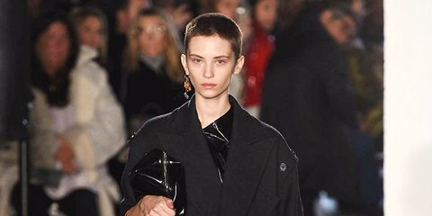 Sleeve, Outerwear, Style, Street fashion, Fashion model, Fashion show, Fashion, Fur, Runway, Bag,