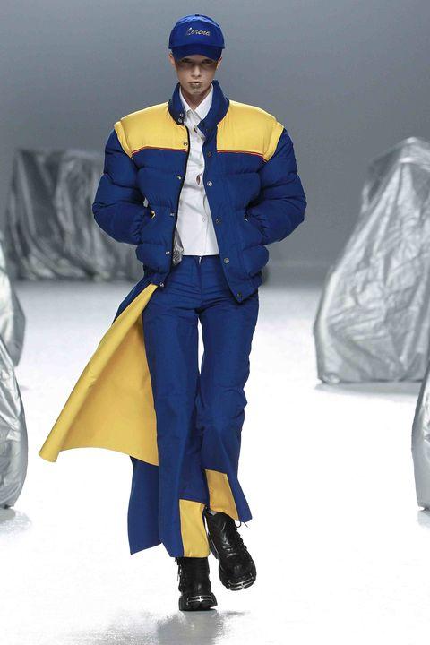 Blue, Sleeve, Textile, Cap, Electric blue, Jacket, Fashion, Winter, Cobalt blue, Costume design,