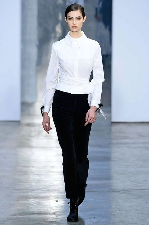 Fashion model, Fashion show, Fashion, Runway, Clothing, White, Neck, Human, Public event, Shoulder,