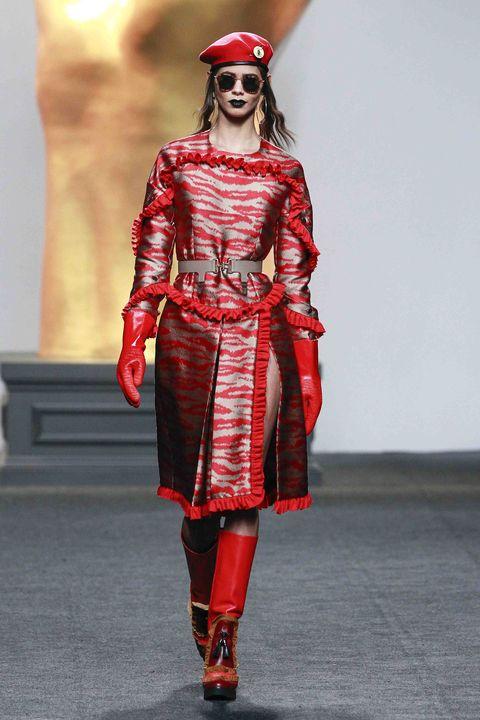 Eyewear, Sleeve, Textile, Shoe, Red, Lipstick, Sunglasses, Style, Fashion model, Pattern,