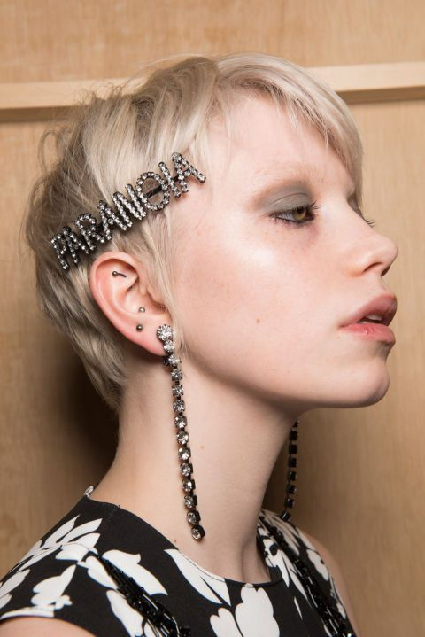 Embellished Hair Trend 2017