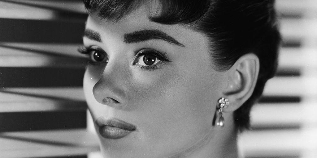 Seis looks que Audrey Hepburn llevó antes que nadie