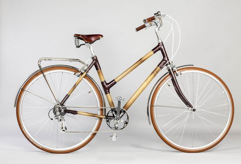 Land vehicle, Bicycle, Bicycle wheel, Bicycle part, Vehicle, Bicycle tire, Bicycle frame, Bicycle handlebar, Bicycle fork, Spoke,