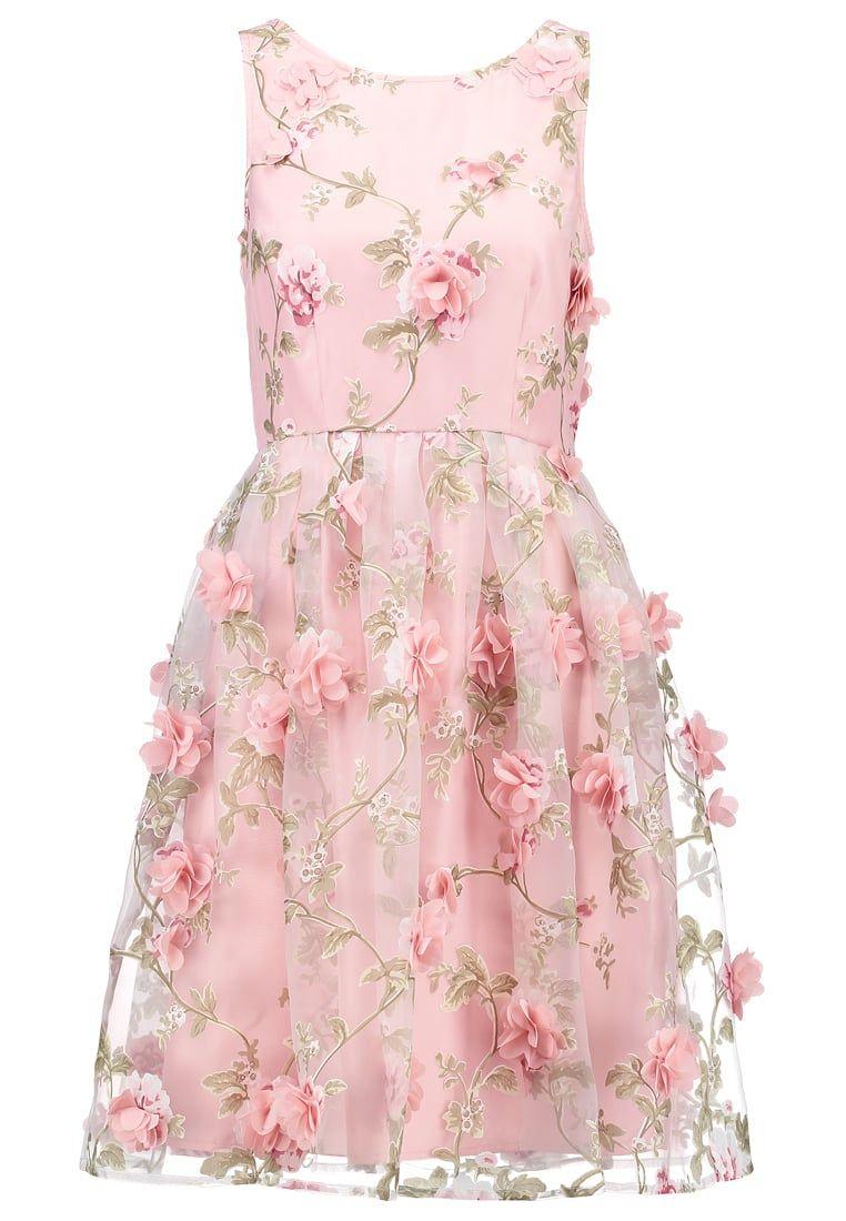 25 vestidos de invitada en clave \'pink\'
