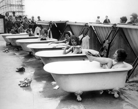 Water transportation, Bathtub, Vehicle, Water, Black-and-white, Boat, Monochrome, Boating, Room, Photography,