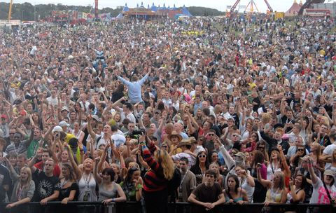 Crowd at Creamfields 2007 at Daresbury Park in Cheshire. 25th August 2007. - - Job No: 31413  (Photo by Jules Annan/Photoshot/Getty Images)