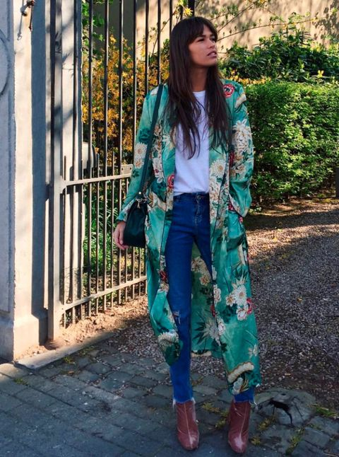 Clothing, Green, Textile, Outerwear, Style, Street fashion, Teal, Fashion, Bag, Turquoise,