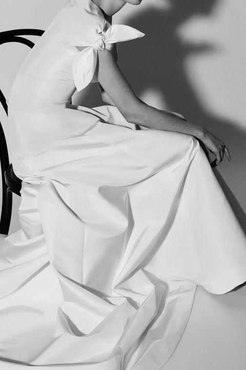 White, Black, Black-and-white, Monochrome photography, Beauty, Shoulder, Joint, Dress, Fashion, Leg,