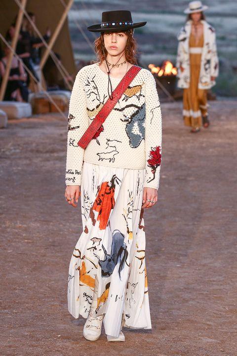 Clothing, Fashion, Street fashion, Costume, Runway, Outerwear, Fashion show, Kimono, Fashion model, Fashion design,
