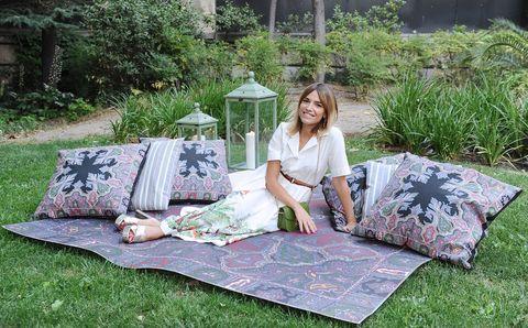 Grass, Linens, Picnic, Quilt, Textile, Recreation, Tree, Furniture, Table, Plant,