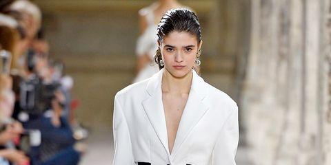 Clothing, Footwear, Sleeve, Collar, Outerwear, Fashion show, Style, Street fashion, Fashion model, Fashion,