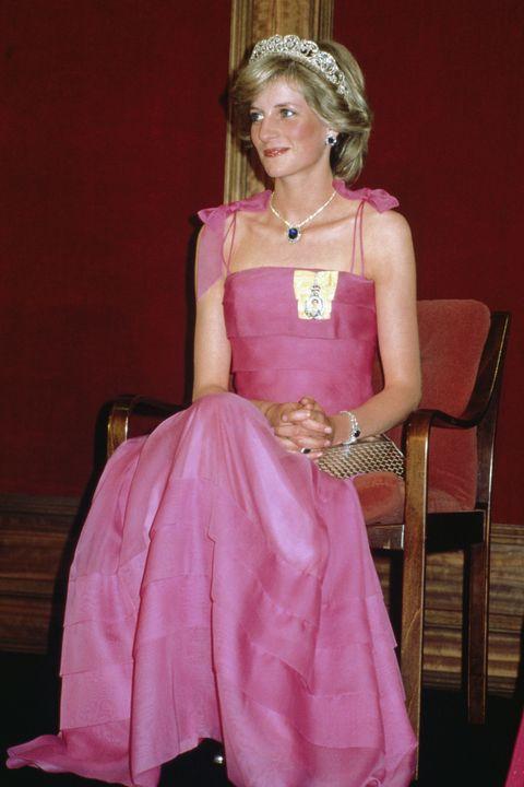 Los vestidos más emblemáticos de la princesa Diana - Los modelos más ...