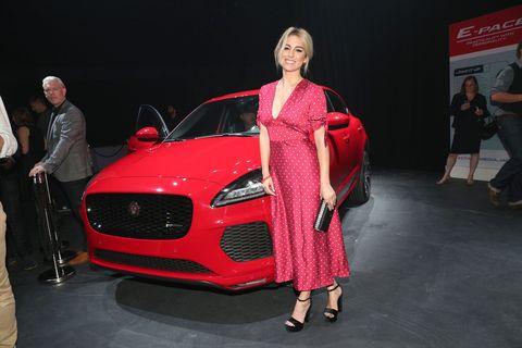 Land vehicle, Vehicle, Auto show, Automotive design, Car, Luxury vehicle, Motor vehicle, Performance car, Mid-size car, Model,