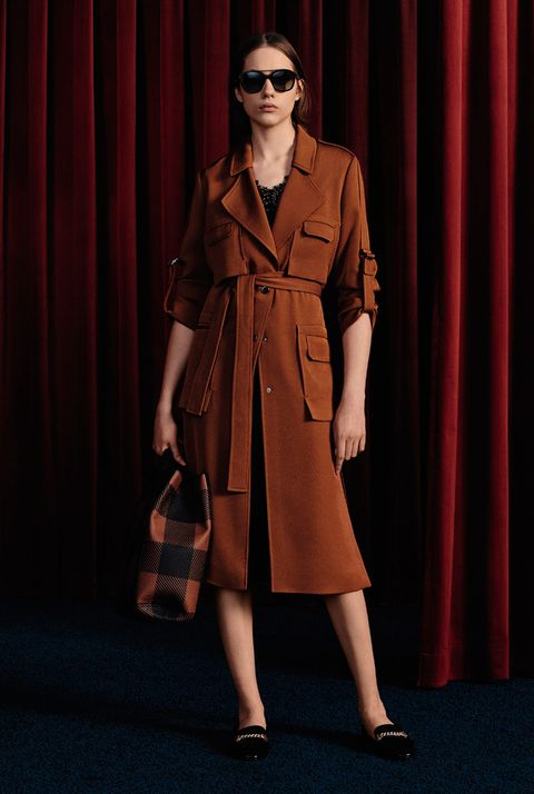 Clothing, Coat, Trench coat, Fashion, Brown, Outerwear, Fashion model, Overcoat, Eyewear, Duster,