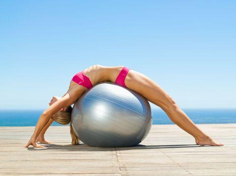 Swiss ball, Ball, Physical fitness, Exercise equipment, Ball (rhythmic gymnastics), Pilates, Medicine ball, Exercise, Leg, Individual sports,