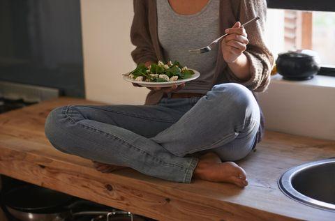 Arm, Sitting, Leg, Houseplant, Textile, Chair, Plant, Shoe, Trousers, Jeans,