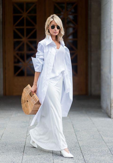 b643eeec5 La falda blanca, el nuevo pantalón blanco-Looks con falda blanca