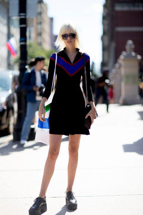 Street fashion, Fashion, White, Photograph, Black, Clothing, Fashion model, Eyewear, Sunglasses, Shoulder,
