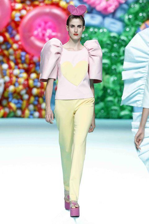 Fashion model, Fashion, Fashion show, Runway, Clothing, Pink, Spring, Haute couture, Summer, Fashion design,