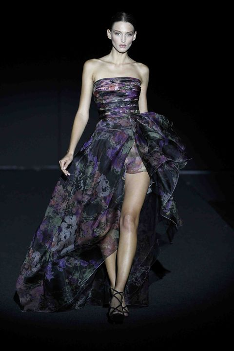 Fashion model, Dress, Fashion, Clothing, Haute couture, Gown, Fashion show, Purple, Cocktail dress, Strapless dress,