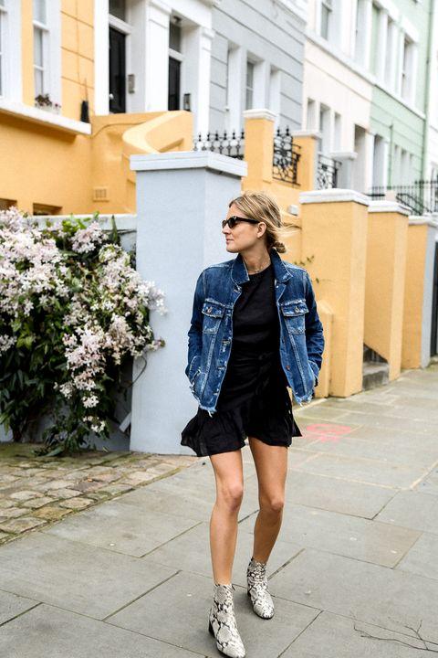 Clothing, Street fashion, Photograph, White, Cobalt blue, Denim, Blue, Fashion, Footwear, Electric blue,