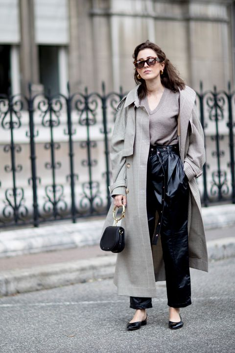 Clothing, Street fashion, Coat, Trench coat, Fashion, Outerwear, Snapshot, Shoulder, Footwear, Overcoat,