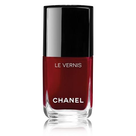 Nail polish, Cosmetics, Red, Nail care, Product, Beauty, Water, Liquid, Material property, Fluid,