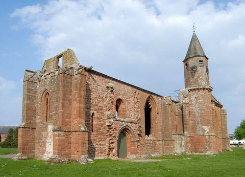 Medieval architecture, Building, Architecture, Landmark, Church, Place of worship, Historic site, Chapel, Parish, History,