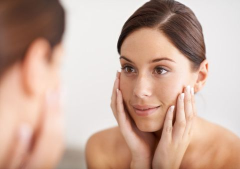 El cepillado facial consigue eliminar las impurezas en la mitad de tiempo.