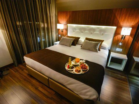 Bedroom, Room, Furniture, Bed, Property, Interior design, Bed frame, Suite, Building, Boutique hotel,