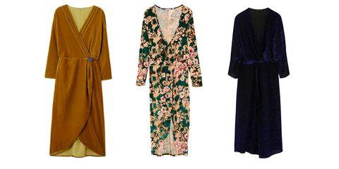 Clothing, Green, Robe, Outerwear, Dress, Abaya, Formal wear, Sleeve, Nightwear, Costume,