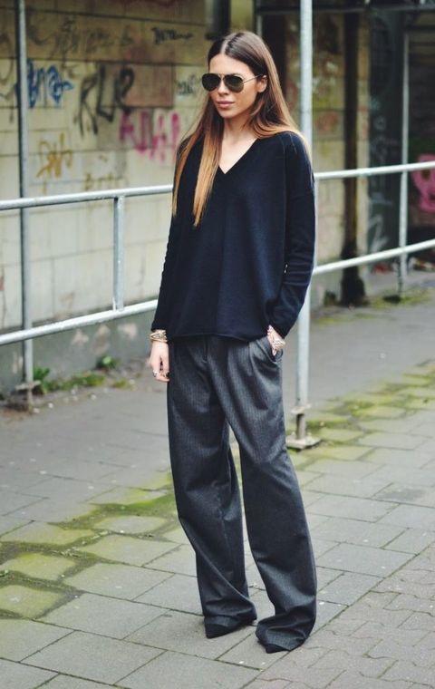 Clothing, Street fashion, Fashion, Eyewear, Snapshot, Footwear, Sunglasses, Leg, Trousers, sweatpant,