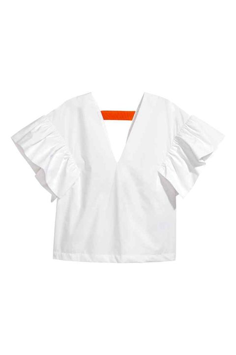 White, Clothing, Sleeve, T-shirt, Outerwear, Blouse, Top, Neck, Collar,