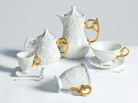 Set I-Wares, de porcelana fina de Seletti