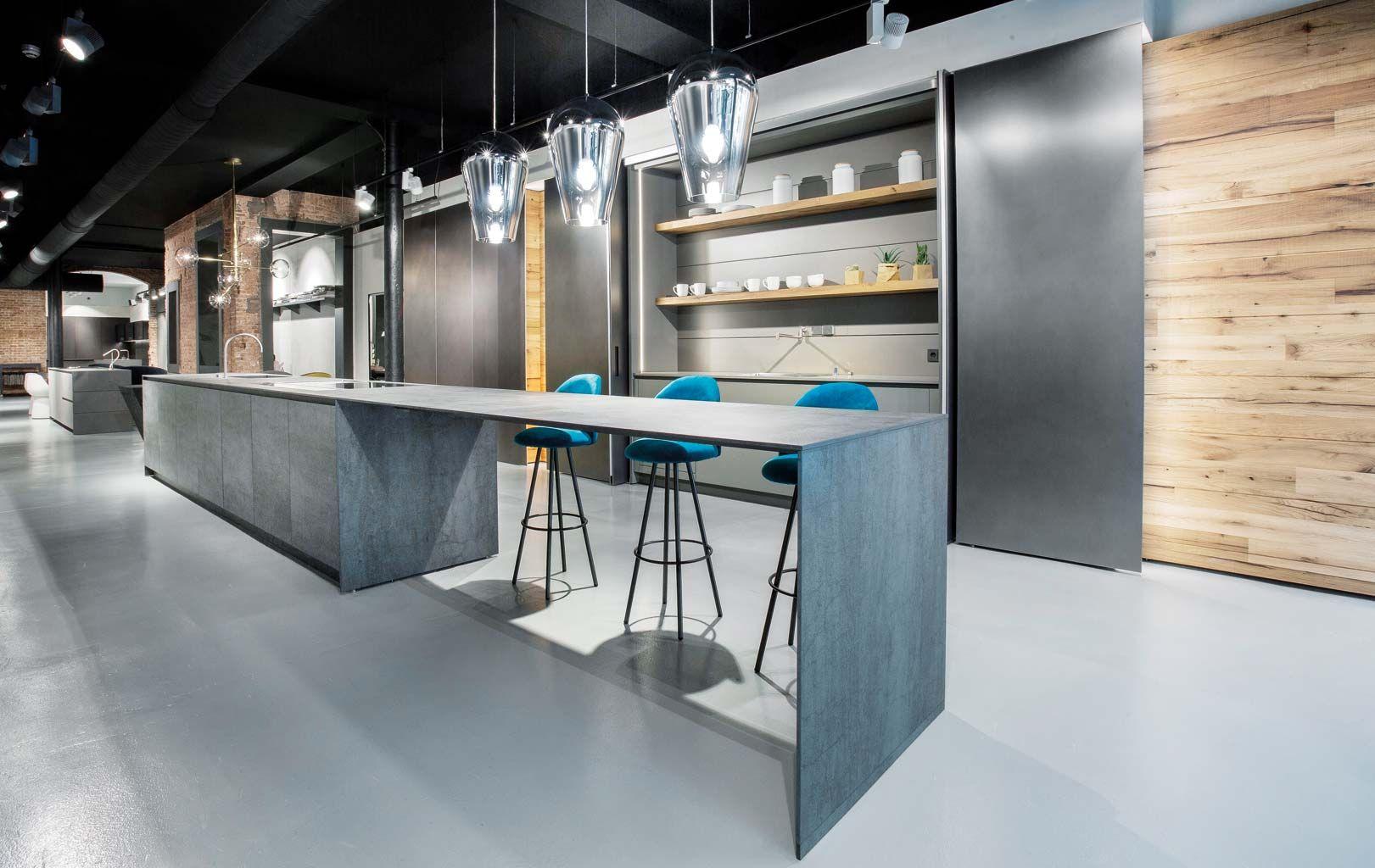 Atractivo Cocina Y Baño De Centro De Diseño De Tilo Nj Ilustración ...