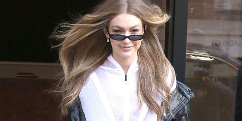 Eyewear, Hair, Sunglasses, Blond, Glasses, Hairstyle, Long hair, Hair coloring, Brown hair, Beauty,