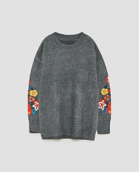 Clothing, Outerwear, Sleeve, Sweater, Grey, Long-sleeved t-shirt, Woolen, Top, T-shirt, Sweatshirt,